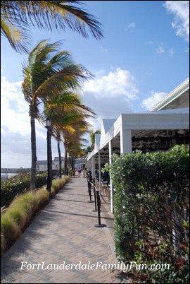 The brick promenade at Deerfield Beach